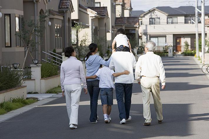 二世帯住宅で賢く有意義な生活を送るためには?