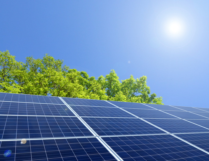 常に一定の発電力を保つために! 太陽光発電システムのメンテナンス法