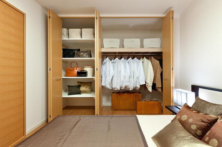 たっぷり収納ですっきりキレイに暮らす。大収納空間のある家
