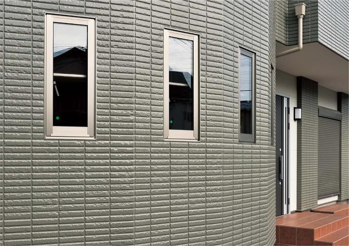 一宮の超高断熱の家、断熱性が高く環境にいい外壁材  ヘーベルパワーボード