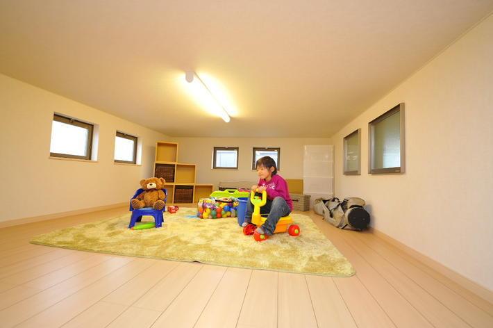 ママの家事がラクになる – 大収納空間 蔵と屋上庭園