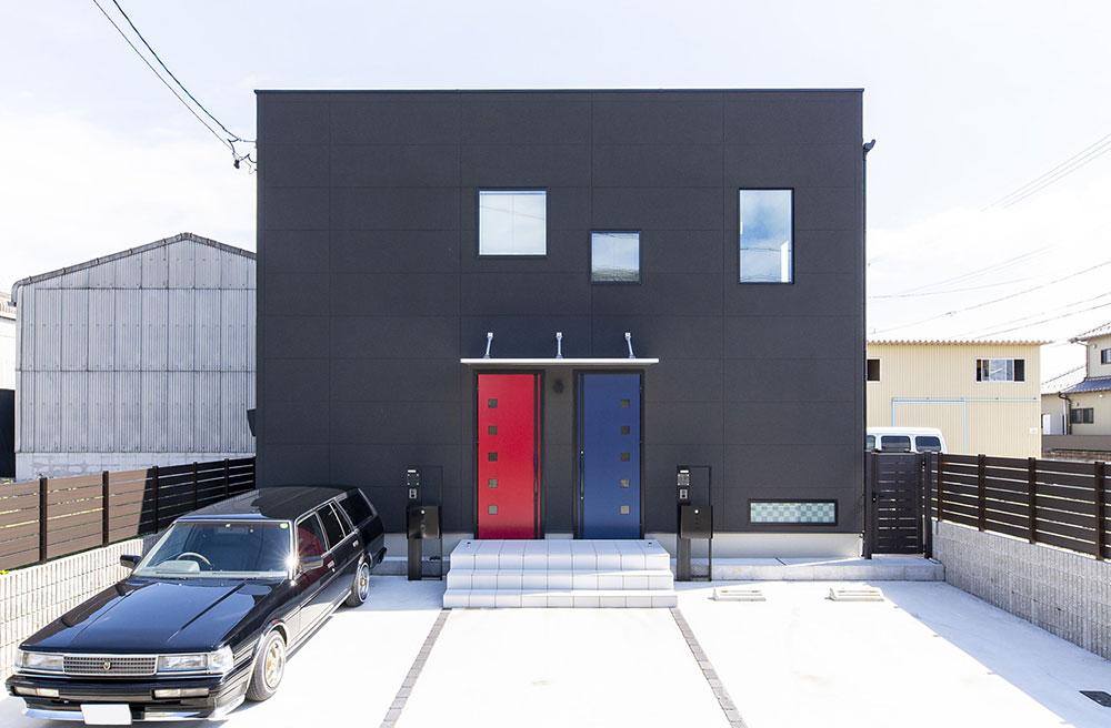 親世帯・子世帯のすみ分けと、デザインにもこだわった二世帯住宅