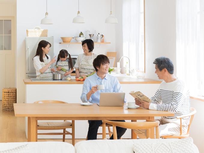 家族環境の変化に合わせて建て替えの選択も