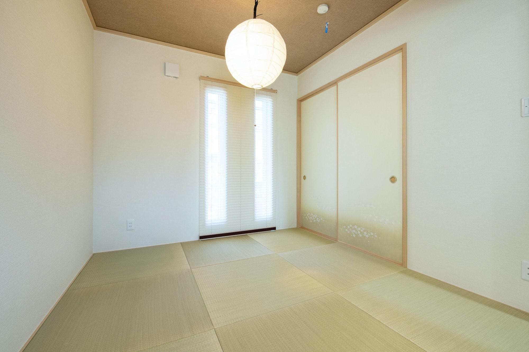 日本の伝統色で彩る和紙の畳